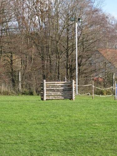 http://erdinger-hundeschule.de//images/stories/gelande/small/05-gelaende_0004_klein.jpg